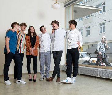 Die Schüler Marvin, Marie, Ian, Nathanalel, Moritz und Riccardo